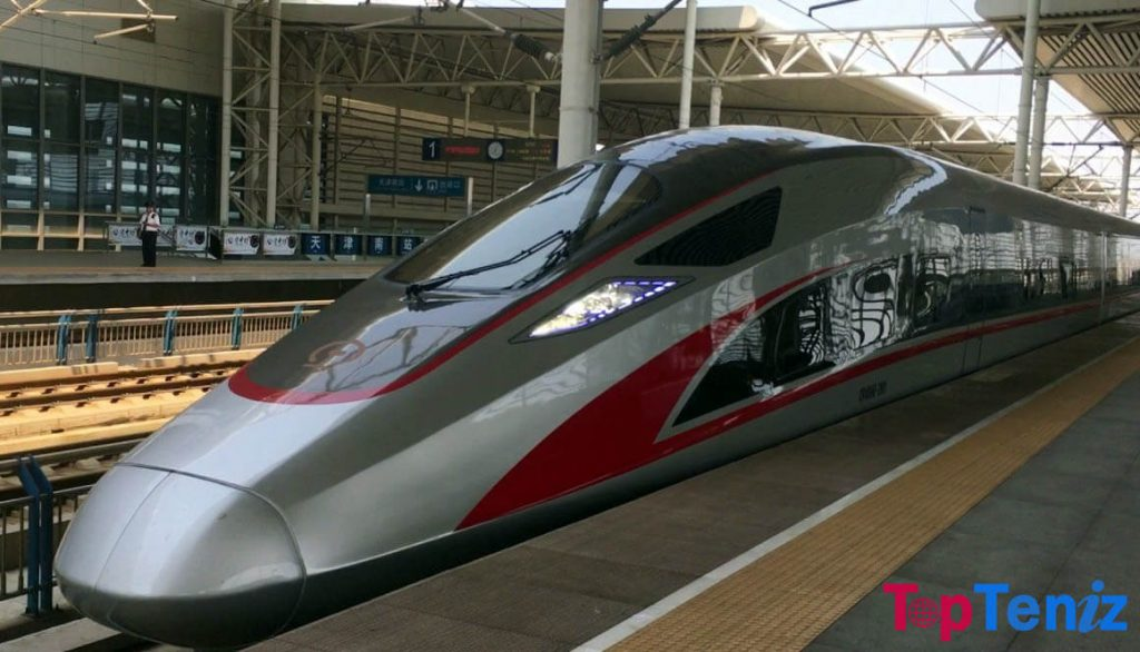 Fuxing Hao CR400AF BF 249 mph