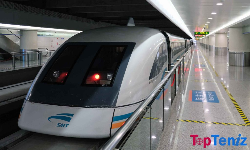 Shanghai Maglev 267 mph Top 10 Fastest Trains of the world